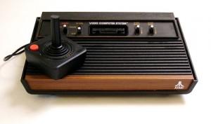 O Video Computer System, que mais tarde ficaria famoso no mundo como o Atari 2600.